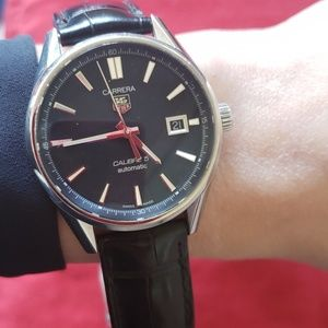 Tag Heuer Accessories - Amazing Tag Heuer men's watch